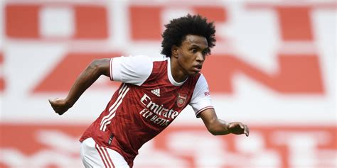 Willian, Ozil and Ceballos feature as Gunners lose to ...