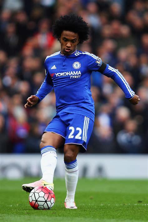 Willian Photos Photos   Chelsea v Manchester City ...