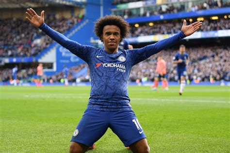 Willian promises to play on for Chelsea even if ...