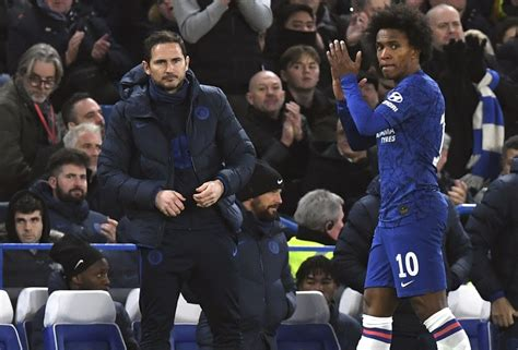 Willian rejects new Chelsea contract offer   future ...
