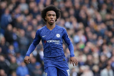 Willian sensationally claims that moving to Arsenal or ...