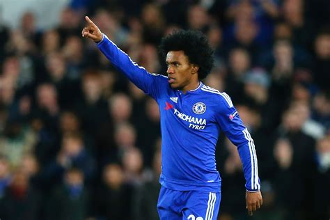 Willian set to sign new four year Chelsea contract