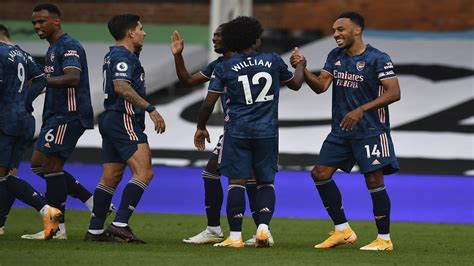 Willian sets up Arsenal s 3 goals in opening win at Fulham ...