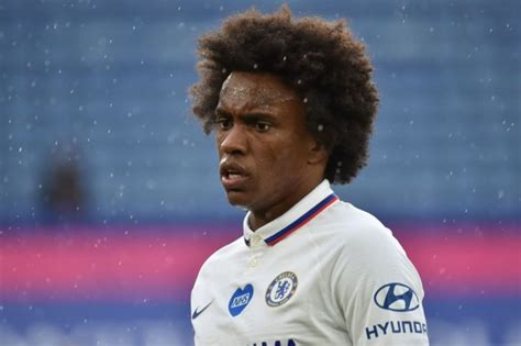 Willian speaks out on future plans as Chelsea attempt to ...