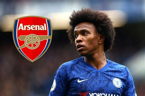 Willian talking with Arsenal players amid transfer rumours