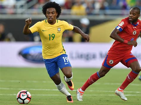 Willian to Manchester United: Chelsea block move as ...