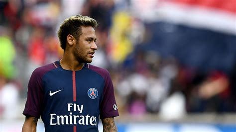 With Neymar signing, Paris Saint Germain is out to conquer ...