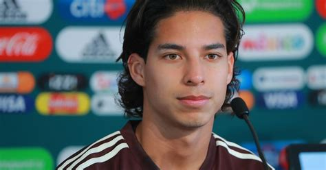 With the surprise of Diego Lainez, Mexico release call up ...
