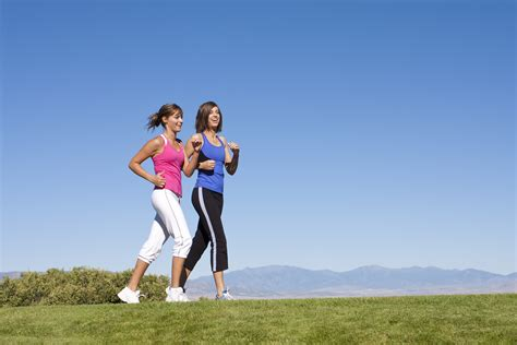 Women Walking, Jogging & Exercise   The Complete Recipe