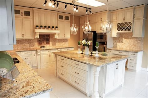 Wood Kitchen Cabinets | Montreal South Shore West Island ...