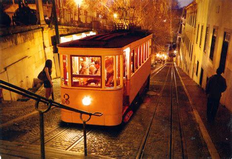 WORLD, COME TO MY HOME!: 0520 PORTUGAL  Lisbon    Elevador ...