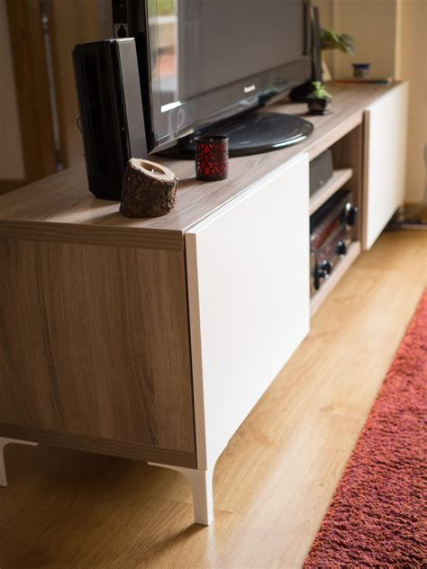 Ya tenemos nuestro mueble Bestå de Ikea para la tv   Una ...