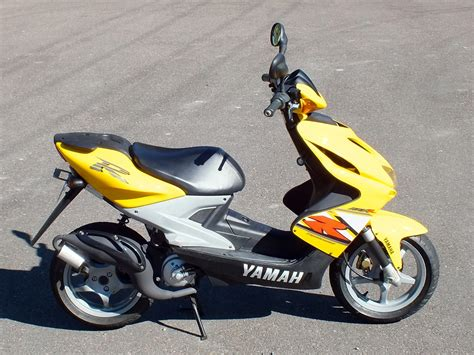 YAMAHA AEROX MOTOR SCOOTER LESS THAN 8000KM FROM NEW for sale