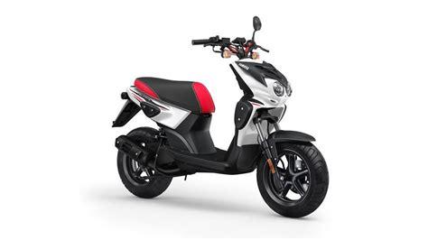 Yamaha Slider Naked   Scooter   Scooters   Andar de Moto