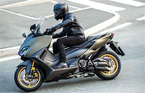 Yamaha T Max 560 2021: Mejoras en motor y acabados   Club ...