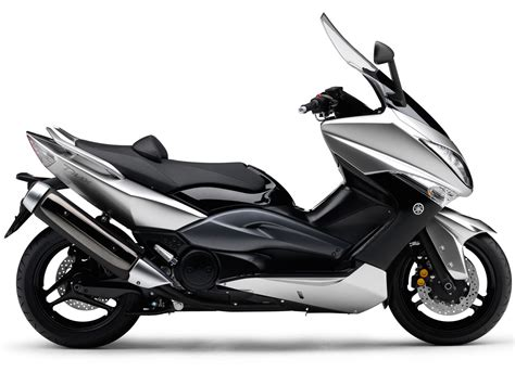 YAMAHA Tmax Scooter Pictures, accident lawyers, insurance