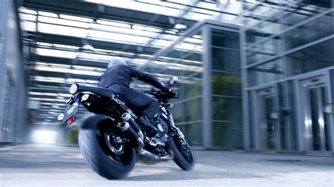 Yamaha y Abarth se unen para crear la XSR 900 más ...