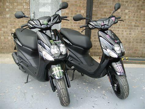 Yamaha YN50E Neos Monster Energy 50cc 2 Stroke Scooter