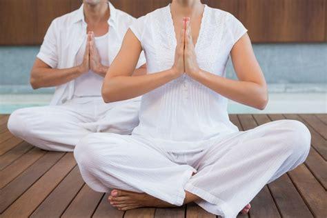 Yoga Kundalini Para Principiantes: Posturas, Ejercicios y mas