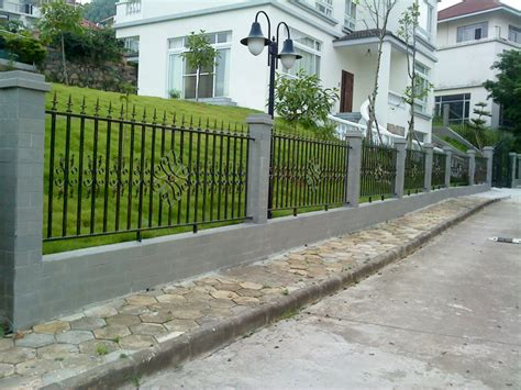 Your Guide to Metal Fence Panels for Privacy and Safety ...