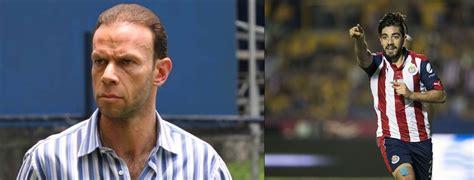 Zague  aconseja a Pizarro: un gran futbolista no lanza ...