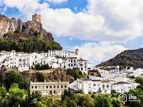 Zahara de la Sierra rentals for your holidays with IHA direct