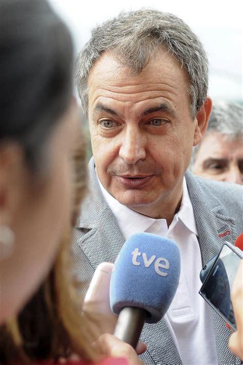 Zapatero aboga por abrir un proceso de diálogo interno en ...