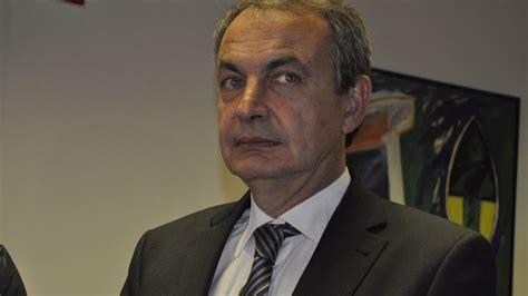 Zapatero afirma que una moción de censura contra Rajoy ...