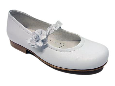 Zapatos de #Comunión para niña. Moda en #calzadoinfantil ...