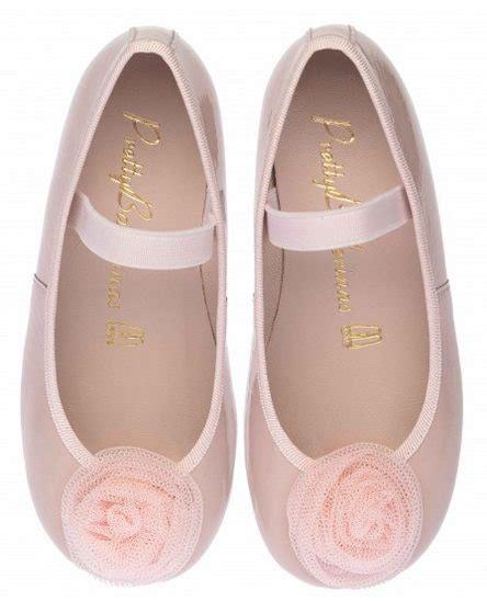 Zapatos de primera comunión: menos es más