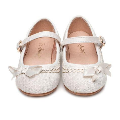 Zapatos Niña blanco Ceremonia Modelo Cloe. Muy chulos