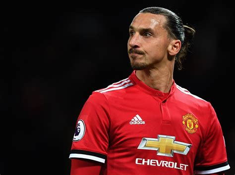 Zlatan Ibrahimovic once again compares himself to a lion ...