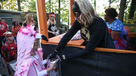 Zoo Knoxville s annual BOO! At the Zoo kicks off Friday
